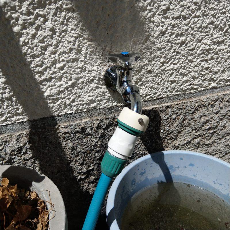 大阪市生野区水漏れ修理 外の蛇口交換