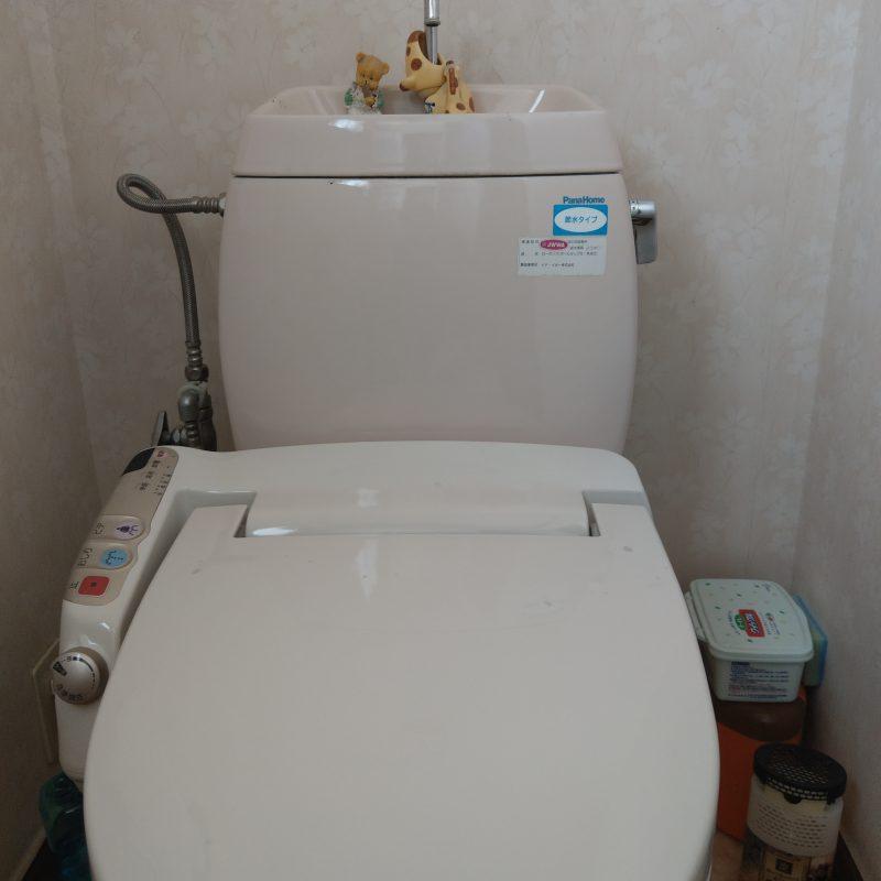 大阪市平野区トイレ水漏れ修理 タンク内部品交換
