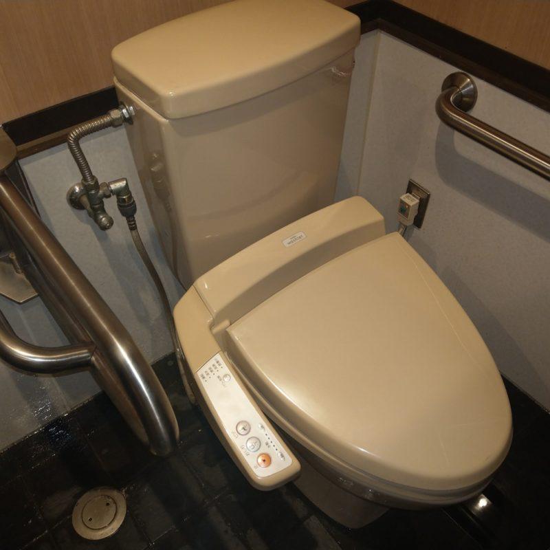 トイレタンク内部品が折れたので修理の依頼(大阪府大阪市鶴見区店舗)